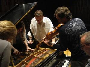 Opening the Composers' Workshop. Nashville March 2010. L to R, Ceci Flemin, Madeline Myers, Michael Slayton, PSS, David Gorton. Photo: Zubin Kanga