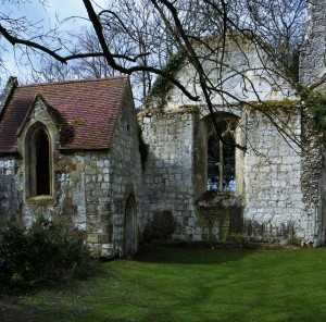 All flesh is grass. Ruined church at Eastwell, the countryside of the Richard Plantagenent myth 7 4 16